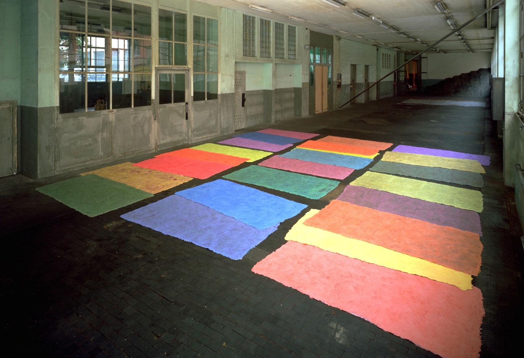 Sans titre, 1991, peinture sans support, peinture acrylique , vinylique et synthétique, env. 90 x 200 x 1 cm